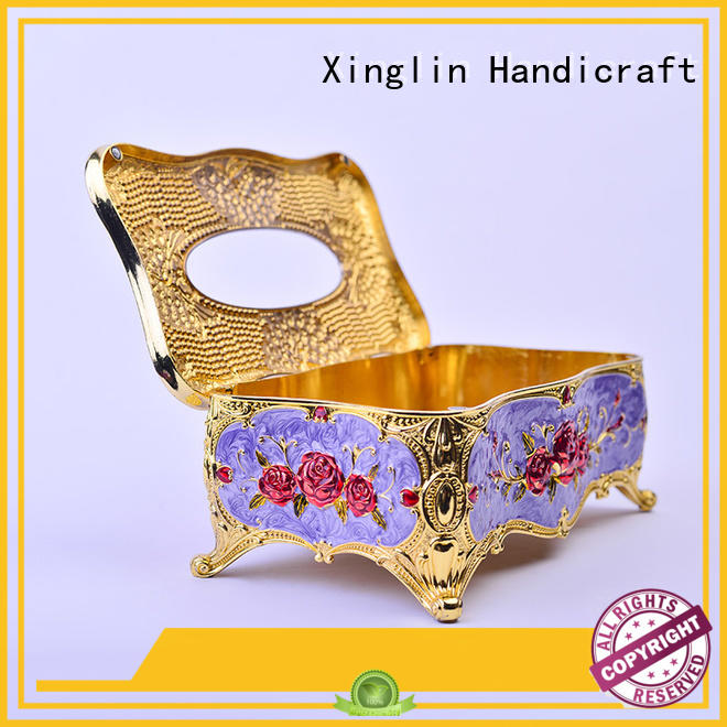 Quality Xinglin Brand carved fine tissue box design