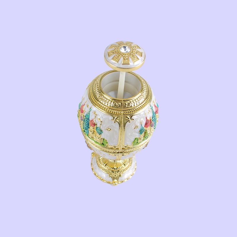 Press-style creative living room lion head diamond automatic fashion high-end toothpick holder