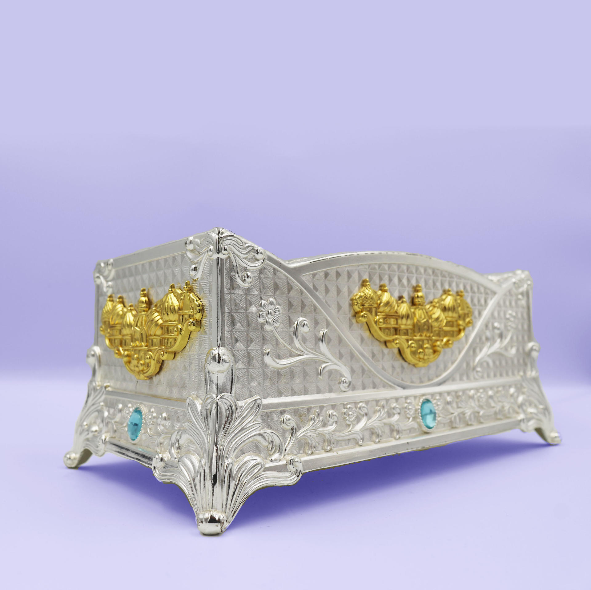 European retro high-end luxury art tissue box
